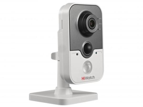 Компактная HD-TVI видеокамера HiWatch DS-T204 (2.8 mm) с ИК-подсветкой до 20м и микрофоном